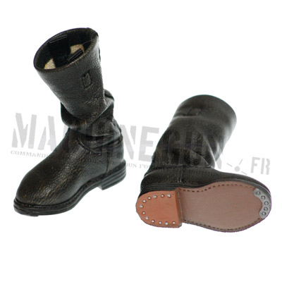 Black leather boots small size