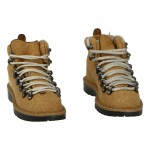 Suede Mountain Light Boots (Beige)