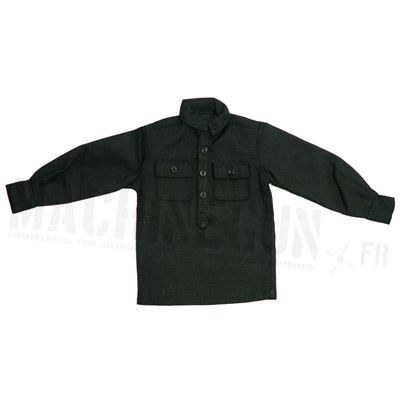 Black shirt with pockets